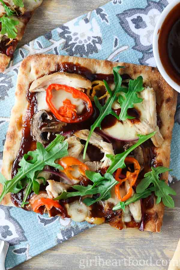 Bbq Chicken Flatbread Pizza Recipe Made In 15 Minutes Girl Heart Food