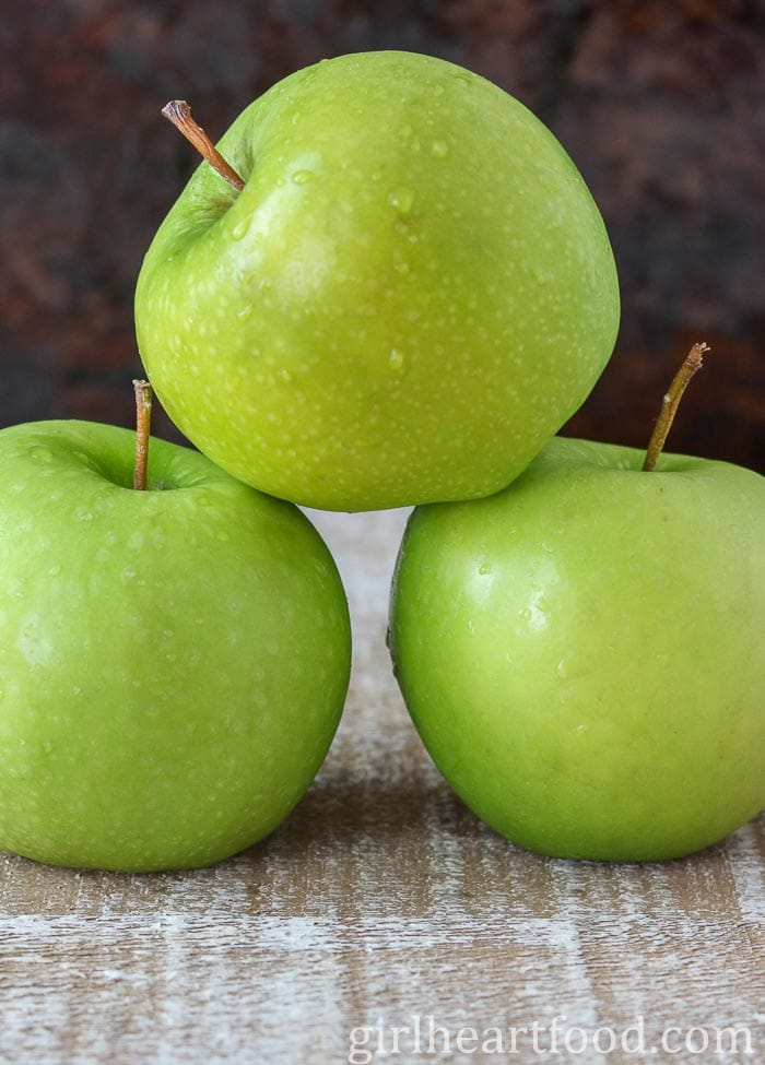 A stack of green apples.