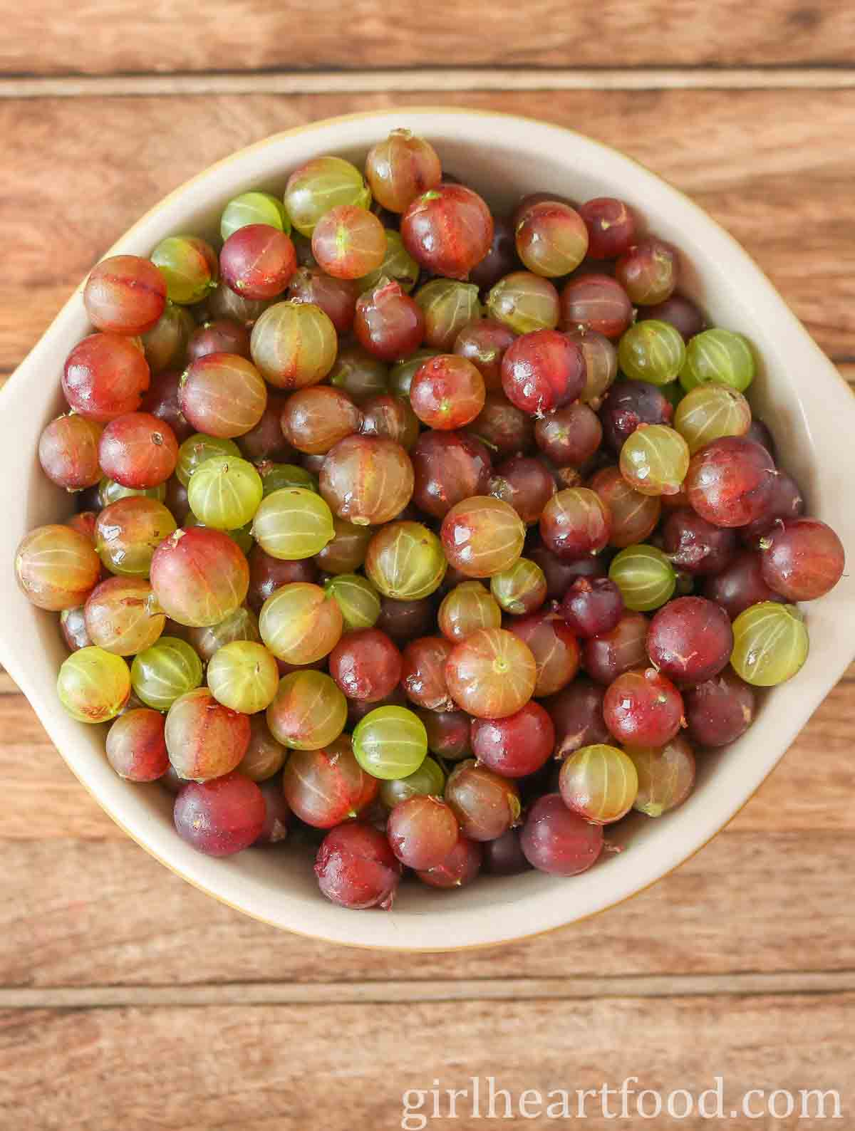 Bowl of fresh gooseberries.